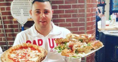 Napoli, a lezione di pizza con il maestro Vincenzo Iannucci